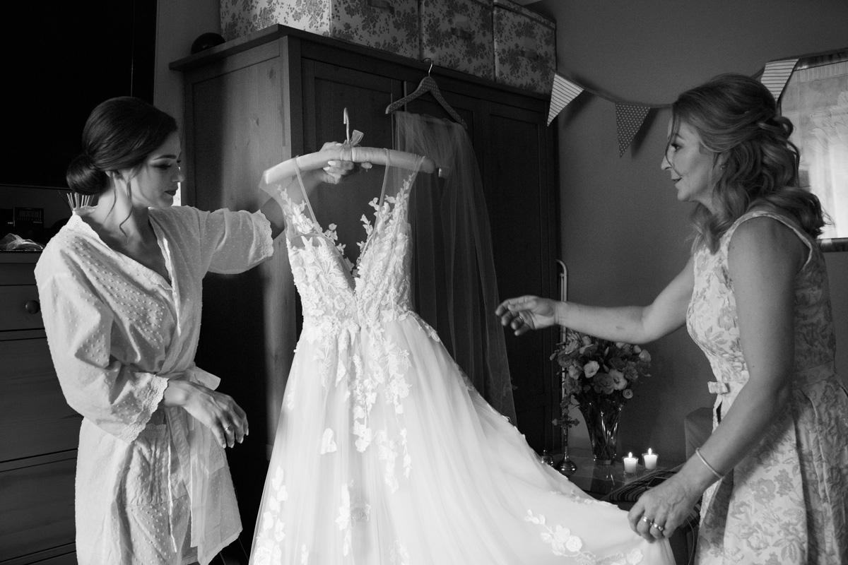 przygotowania pani młodej do ślubu Tarnów