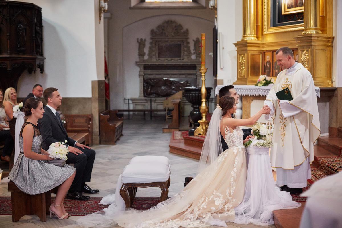 ślub w katedrze tarnów