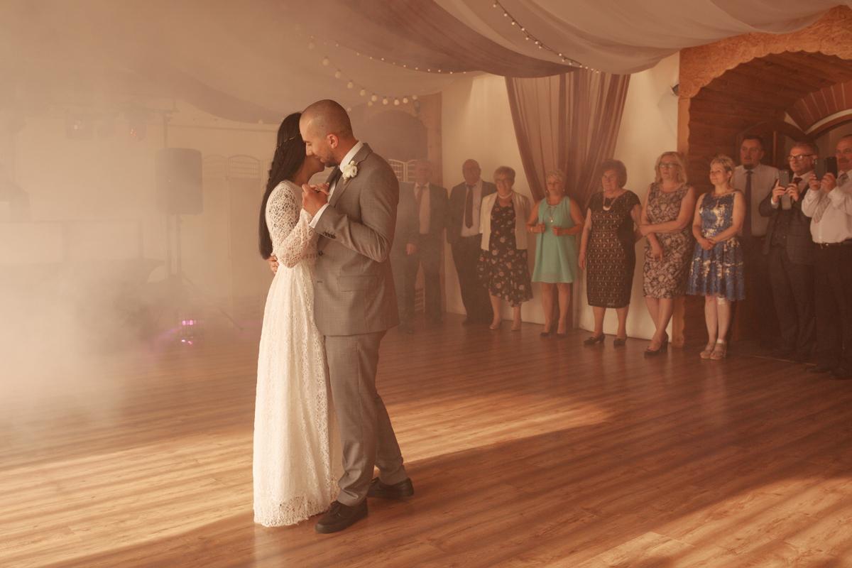 pierwszy taniec w namiocie tarnów